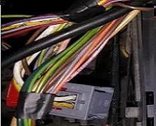 Cablagem de Instalação, Fichas, Passa-Fios e outros Componentes