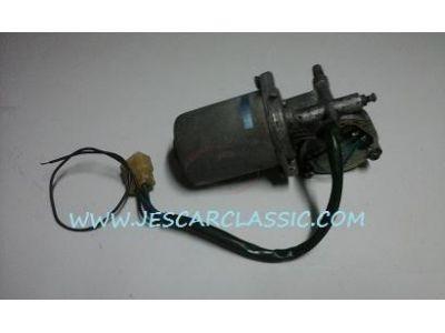 Nissan 100A - Motor de limpa-vidros frente (JIDECO)
