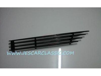 BMW Coupe E9 - Grelha ventilação do guarda-lamas frente direito