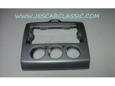 Ford Focus II - Consola central do tablier