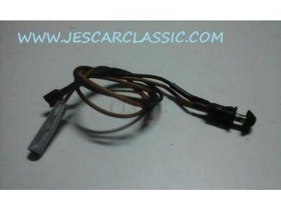 Ford Escort MKIII / Ford Fiesta MKI / Ford Orion MKI / Ford Sierra MKI - Interruptor de luz cortesia porta luvas