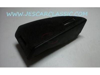 Honda CRX II - Caixa de porta objectos traseira direita
